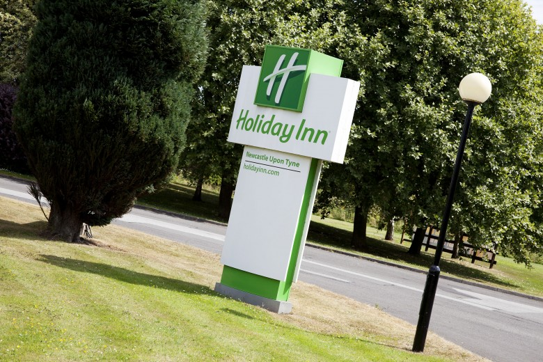 Holiday Inn Gosforth Park Seaton Burn Wedding Fair